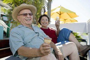 Lake Howard Heights | Senior couple eating ice cream outdoors