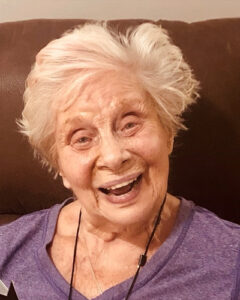 Legacy Ridge at Alpharetta   Cici, Resident of the Month