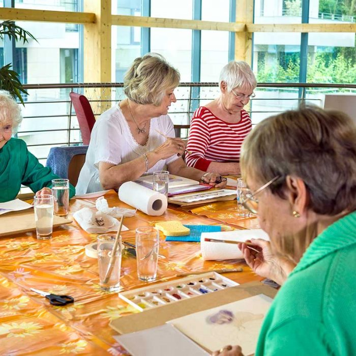 Atlas Senior Living | Arts and crafts