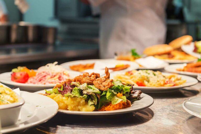 Atlas Senior Living | Dinner plates