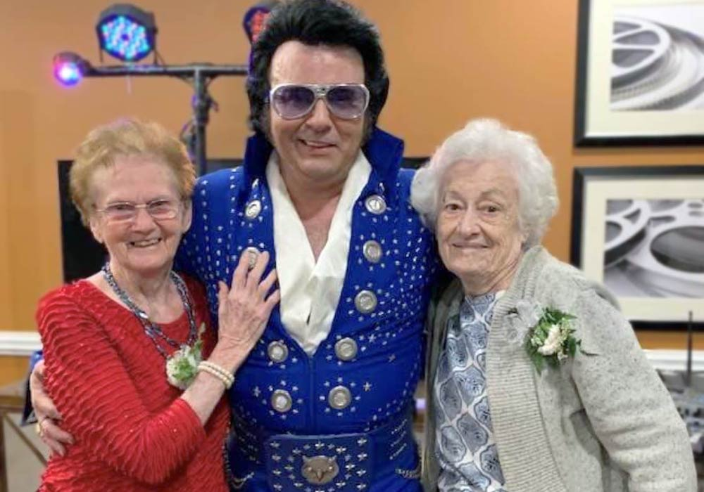 Oakview Park senior living residents with Elvis in Greenville, SC
